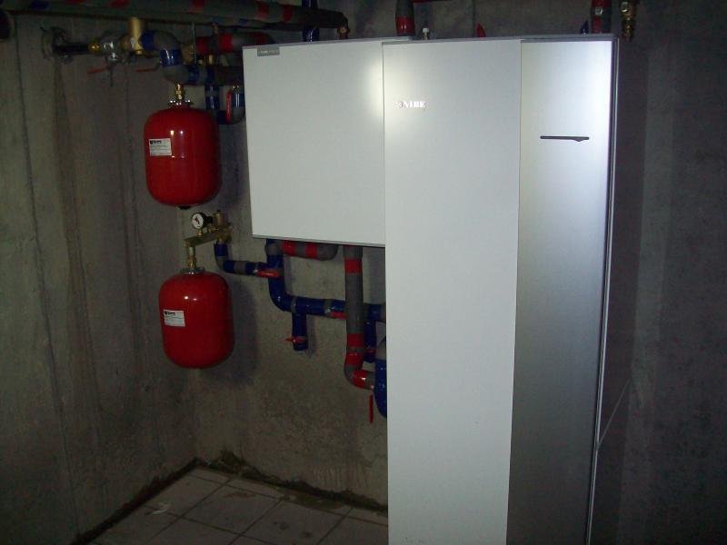 geothermische warmtepomp met externe koelmodule